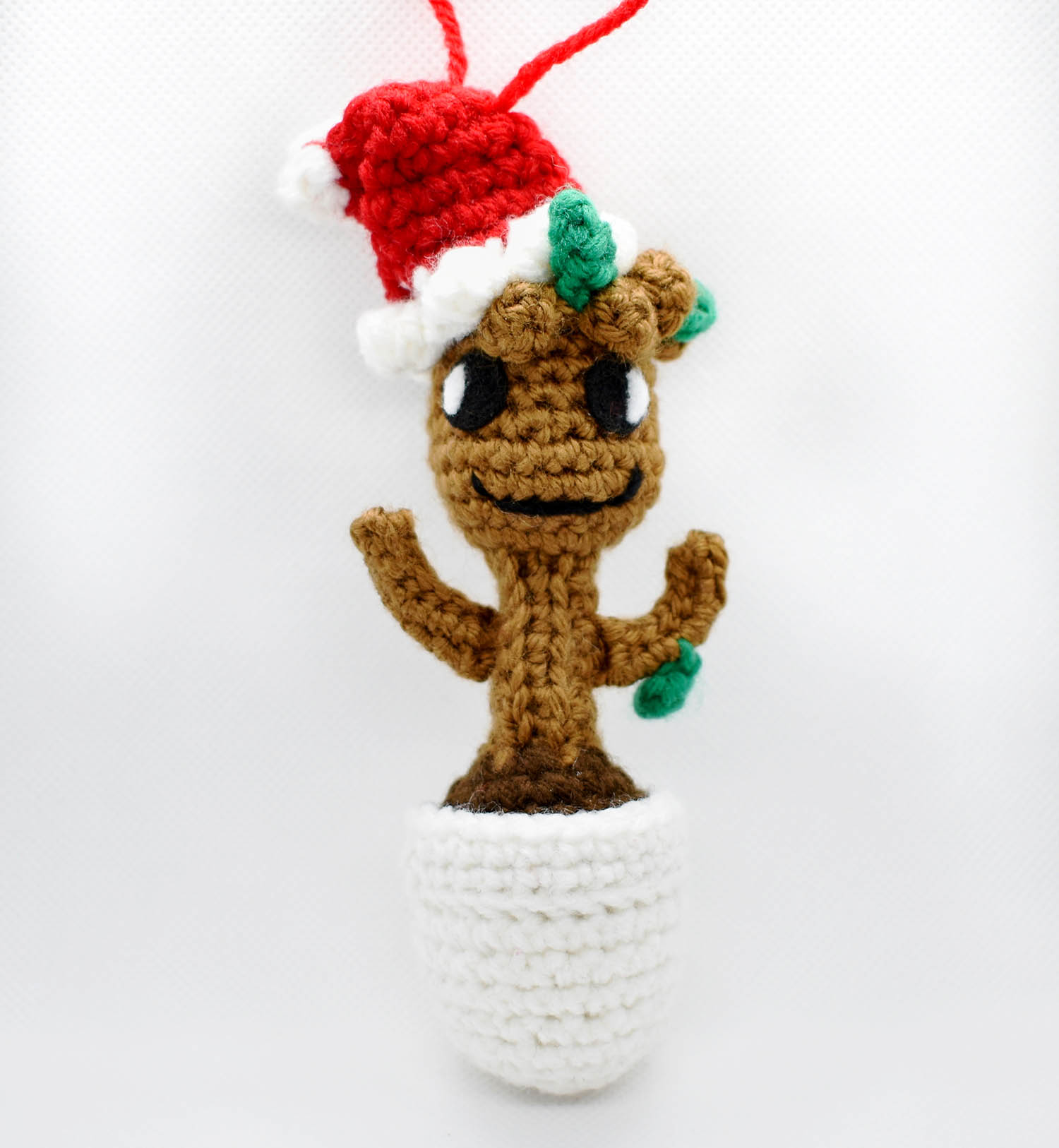 Free Crochet Pattern: Potted Baby Groot from Guardians of the ... | 1626x1500